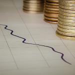 Ile długów mają Polacy i na co wydają